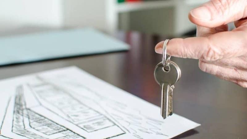 со скольки лет можно брать ипотеку
