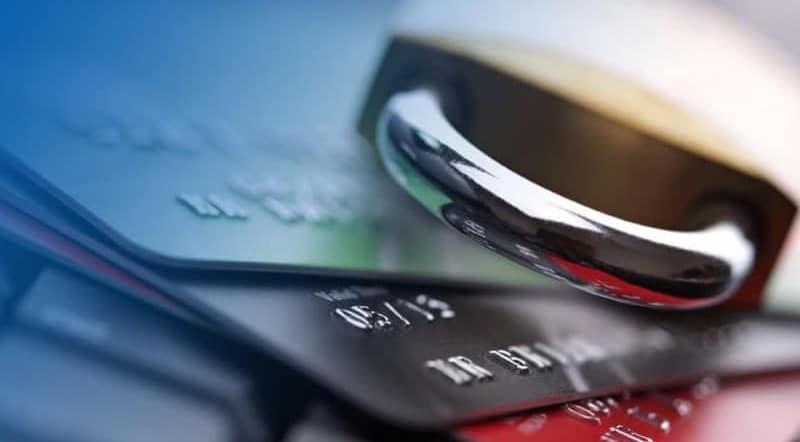 арест банковской карты Сбербанка судебными приставами