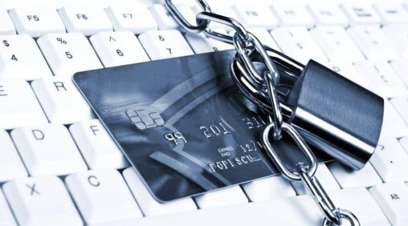 финмониторинг Сбербанка заблокировал счет