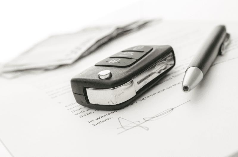 как продать кредитную машину если ПТС в банке