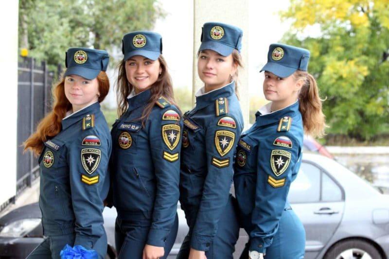 сколько получают в МЧС России