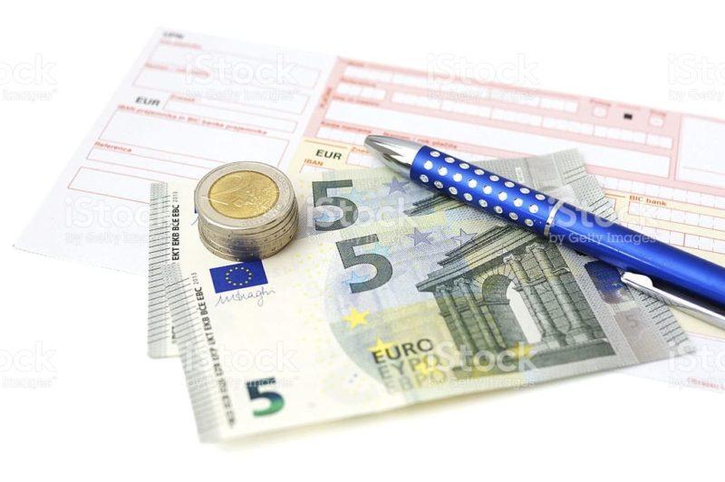 по какому курсу конвертируется валюта при оплате картой за границей
