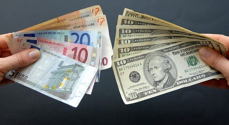 обмен долларов на евро в Сбербанке