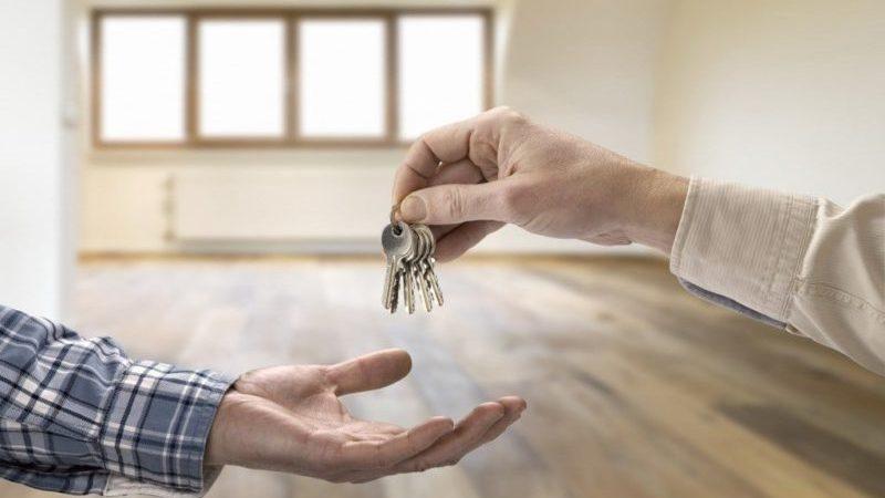 Стоит ли брать ипотеку: выгодно или нет