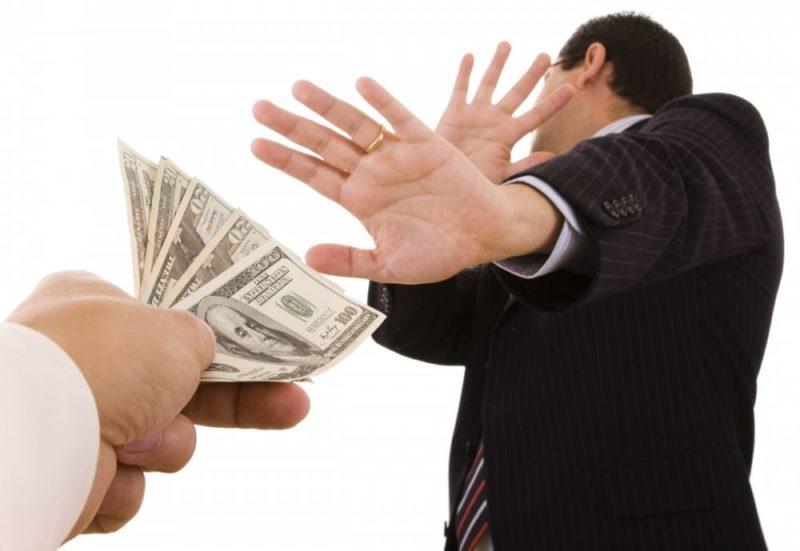 Когда нельзя давать в долг деньги: приметы