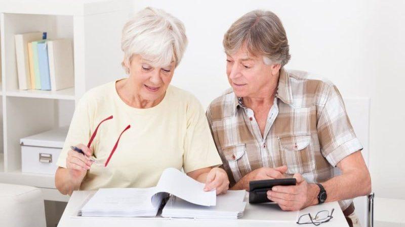 медицинский стаж для выхода на пенсию по выслуге лет